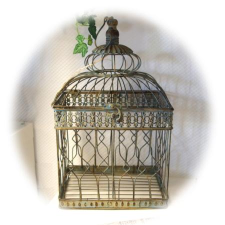 Deko-Vogelhaus im Antikfinish